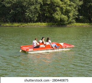 MOSCOW -July 01, 2014: people rest in park Izmaylovsky, the biggest park of Europe.