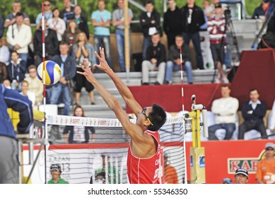 MOSCOW - JUNE 14: SWATCH FIVB Beach Volleyball World Tour: Moscow Final. Penggen Wu and Linyin Xu of China have won a gold medal, on June 14, 2010 in Moscow. Their USA opponents was Todd Rogers and Phil Dalhausser