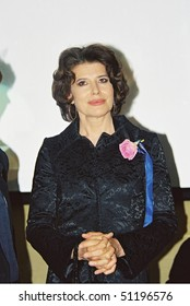 MOSCOW - JUNE 27: Fanny Ardant arrives  the 25th Moscow International Film Festival on June 27, 2003 in Moscow, Russia.