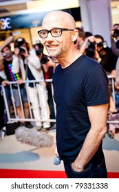"""MOSCOW - JUNE 8: Moby arrives to large department store of Moscow """"Vegas"""" to put a star with his name in Moscow, Russia on June 8, 2011"""