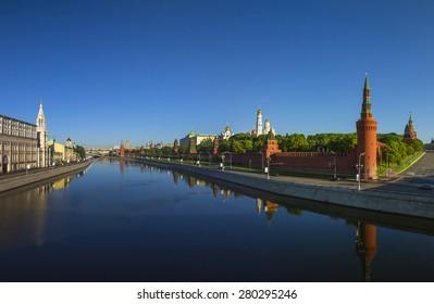 Moscow Kremlin at dawn, Kremlin Embankment
