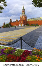 Moscow Kremlin, Spasskaya Tower, Red Square at early morning