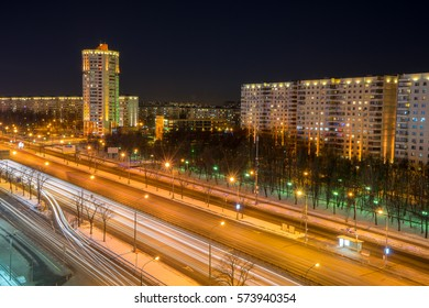 Moscow: long exposure of a main road at night