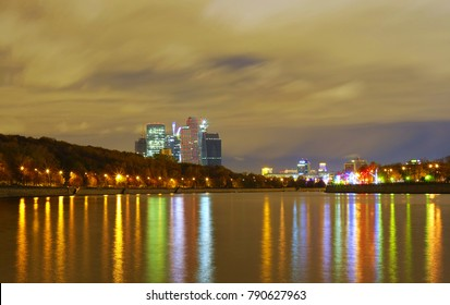 "Moscow night. ""Moscow River"""