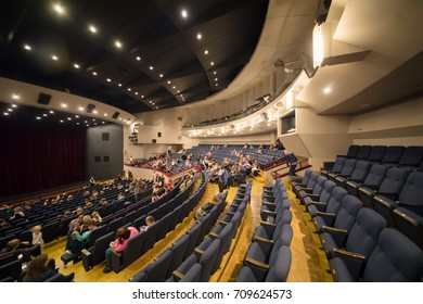 MOSCOW - NOV 19, 2016: People in hall after Carlson performance in Moscow theater of Satire
