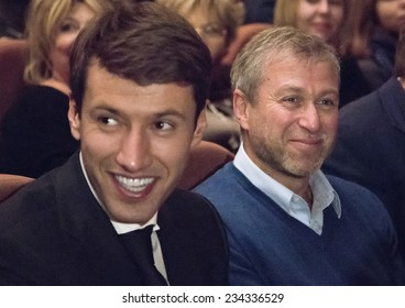 """MOSCOW - NOVEMBER, 26: Chelsea football club owner  Roman Abramovich. Festival of  Contemporary choreography """"Context. Diana Vishneva"""" at The Theatre of Mossovet. November 26, 2014 in Moscow, Russia"""