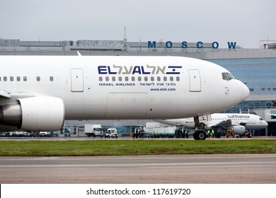 MOSCOW - OCT 23: ELAL Boeing 767 landed in Moscow on OCT 23,2012. In 2012, El Al announced plan to restructure its fleet with 20 new aircraft in the next ten years. El Al operates by 44 aircraft.