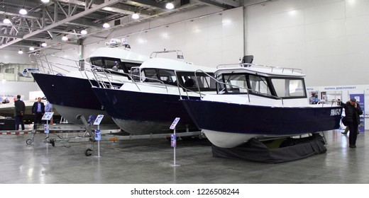 Moscow Russia 03 08 2018 Three Expedition Cabin Metal Motor Boats Yamal 21