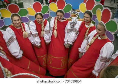 """Moscow, Russia. 14th October, 2017. Girls dressed like the mascot of the WFYS-1985 """"Katyusha"""" during  parade-carnival of the 19th World Festival of Youth and Students on Moscow central streets, Russia"""