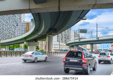 MOSCOW, RUSSIA - 17 JUNE 2015: Khoroshevo-Mnevniki district. Zvenigorod highway at flyover at intersection of Zhukova avenue and Narodnogo Opolcheniya street on June 17, 2015 in Moscow, Russia