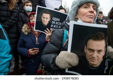 Moscow, Russia. 23rd of January, 2021 People take part in an unauthorized rally in support of Russian opposition leader Alexei Navalny at Pushkinskaya square in the central Moscow, Russia