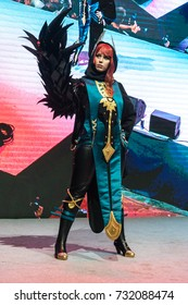 MOSCOW, RUSSIA - 29 september 2017: Igromir 2017 and Comiccon Russia 2017. Professional cosplayer on the stage of the festival Comiccon