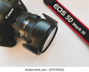 MOSCOW, RUSSIA - APRIL 15, 2018: Canon EOS 5D Mark III Camera with 24-105 mm Lens on Light Background