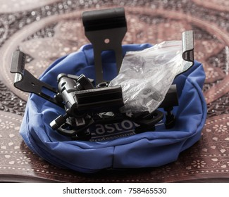 MOSCOW, RUSSIA - CIRCA NOVEMBER, 2017: Lightweight compact Lastolite Professional 45cm softbox quad for four speedlights in disassembled form with a cover.