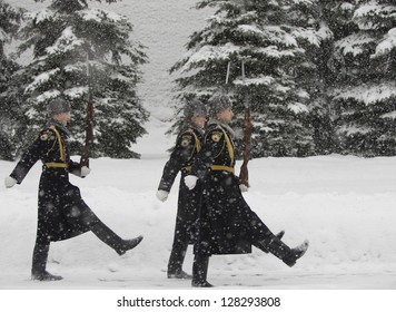 MOSCOW, RUSSIA - FEBRUARY 04:  Russian soldiers mach near the Kremlin wall during a snowfall,  on February 04, 2013 in Moscow.