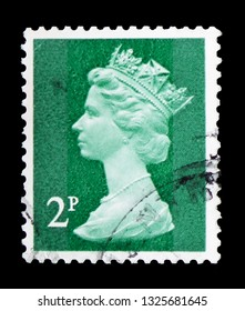 MOSCOW, RUSSIA - FEBRUARY 14, 2019: A stamp printed in United Kingdom shows Queen Elizabeth II - Decimal Machin - Normal Perforations serie, circa 1979