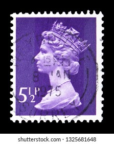 MOSCOW, RUSSIA - FEBRUARY 14, 2019: A stamp printed in United Kingdom shows Queen Elizabeth II - Decimal Machin serie, circa 1973