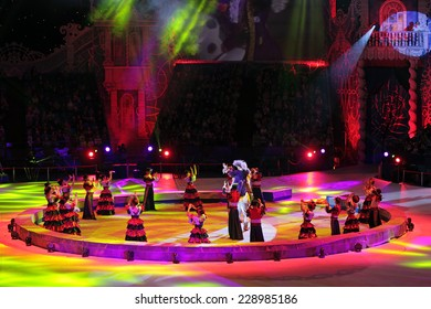 "MOSCOW, RUSSIA - JAN 06, 2013: Children's new year performance ""Circus Santa Claus II - Olympic New Year"" in Olympic Stadium (sport complex)"