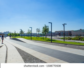 MOSCOW, RUSSIA - JULY 31, 2018: Beautiful views of Krymskaya embankment and Muzeon park of arts on a sunny summer day.