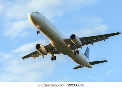 MOSCOW, RUSSIA - JUN 16, 2015: The airbus A321 of Air Astana is landing