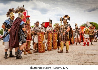 "MOSCOW, RUSSIA - JUNE 10, 2017: International festival ""Times and epochs. The meeting."" Roman legionnaires"