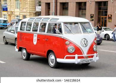 MOSCOW, RUSSIA - JUNE 2: German Volkswagen Transporter van competes at the annual L.U.C. Chopard Classic Weekend Rally on June 2, 2013 in Moscow, Russia.