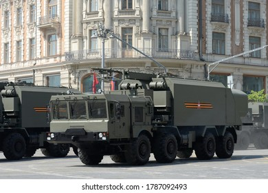 """MOSCOW, RUSSIA - JUNE 20, 2020:Self-propelled command post of control and communications of the Coastal Missile Complex """"Ball"""" during the dress rehearsal of the Victory Parade"""