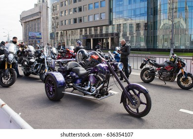 MOSCOW, RUSSIA - MAY 06, 2017: Tricycle parking and riders against the background of buildings, pr. Academician Sakharov. Motofestival 2017