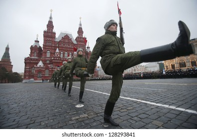 MOSCOW, RUSSIA - NOVEMBER 02:  Russian soldiers  prepare to march during a rehearsal in the Red Square ,  on November 02, 2012 in Moscow.