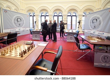 MOSCOW, RUSSIA - NOVEMBER 4: Michael Talja's fifth chess memorial starts on November 4, 2010 in Moscow, Russia. Showroom GUMA, behind window visible Kremlin, Red Square