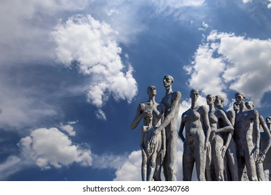 MOSCOW, RUSSIA – SEPTEMBER 16, 2014: Monument The tragedy of peoples in Victory Park on Poklonnaya Hill (Gora), Moscow, Russia-- established in memory of the victims of the fascist genocide