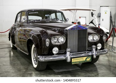 Moscow, Russia - September 2, 2016: Retro car 1964 Rolls-Royce Silver Cloud III presented at the annual Moscow International Motor Show MIMS-2016.