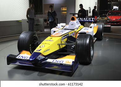 MOSCOW, RUSSIA - SEPTEMBER 2: Renault Formula1 car presented at the Moscow International Autosalon on September 2, 2008 in Moscow.