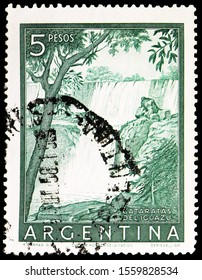 MOSCOW, RUSSIA - SEPTEMBER 30, 2019: Postage stamp printed in Argentina shows Iguazú Falls, Personalities and Landscapes serie, circa 1955
