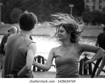 MOSCOW, RUSSIA-JUNE 10, 2019: Dancing outdoors in the Park on Pushkinskaya embankment