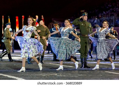 """MOSCOW - SEPTEMBER 08, 2015: international festival of military orchestra """"Spasskaya tower"""", honorary presidential regiment, Russia."""