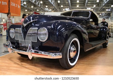 Moscow - September 29, 2012: Soviet roadster ZIS 101 Sport 1939 at the international largest exhibition of vintage cars and technical Antiques. Public-event.