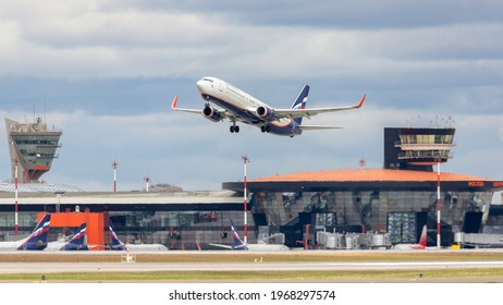 Moscow, Sheremetyevo International Airport, Russia - Apr 25, 2021: Boeing 737-800 VP-BSB Aeroflot airlines takeoff at Sheremetyevo International Airport