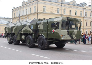 """MOSCOW-MAY 9: Operational-tactical missile system """"ISKANDER-M""""  at the Victory Day Parade on May 9, 2012 in Moscow"""