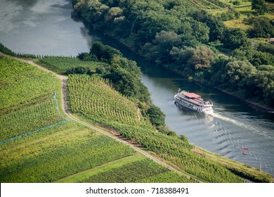 Mosel river flow