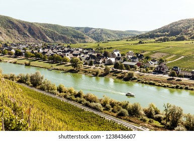 Mosel wine country valley with houses along the river