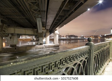 Moskva River, Luzhnetskaya Bridge on a winter evening. Moscow, Russia