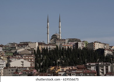 Mosque in Istanbul, Muslim religious places of worship