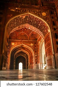 Mosque at the Taj Mahal. Agra, Uttar Pradesh, India