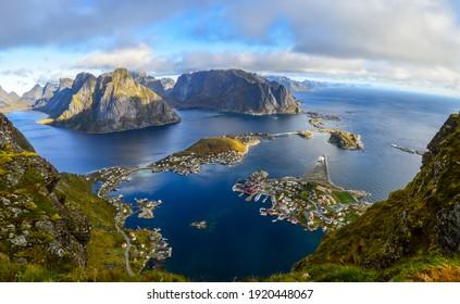 The most beautiful hike of Lofoten Islands, Reinebringen, Reine Panorama, Norway