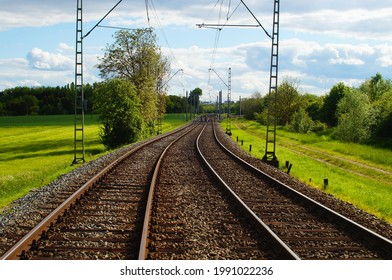 In most parts of Frankfurt, the subway runs at ground level  Between the districts also through green grain fields  Line U2 U9 near Kalbach