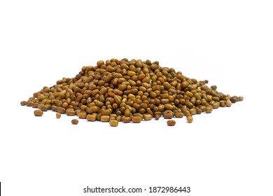 Moth beans or matki beans (Vigna aconitifolia), is a indian food. heap on white background