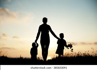 mother  children  family sea  sunset  flowers  spring    silhouette  beautiful women