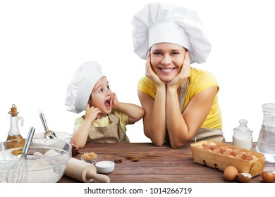 Mother and daughter cookings