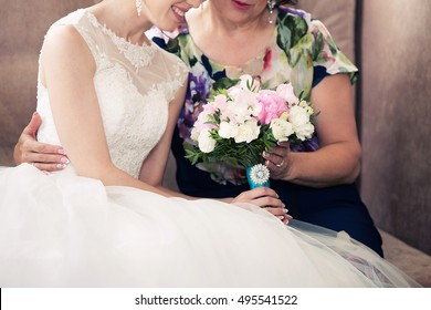 Mother And Daughter On Wedding Day Images, Stock Photos & Vectors ...
